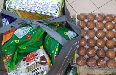 Gift a grocery essentials pack